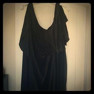Used Vera Wang black dress
